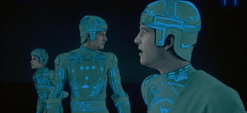"""""""Tron"""" di Steven Lisberger – recensione di Antonio Petti"""