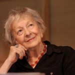 """""""Accanto ad un bicchiere di vino"""" poesia di Wislawa Szymborska"""