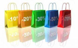Le cinque tappe europee per lo shopping durante i saldi 2012 di Rebecca Mais
