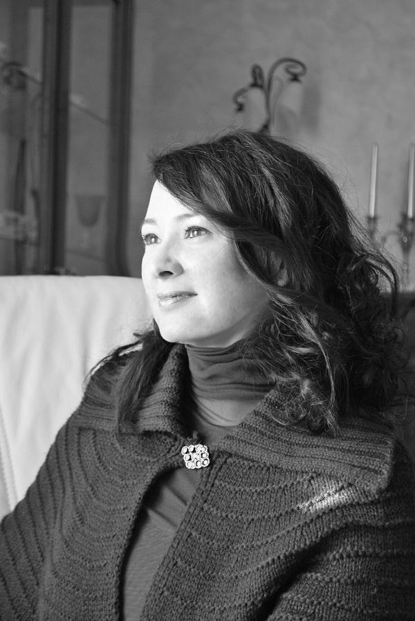 """Intervista di Carina Spurio a Federica Ferretti ed al suo """"Il canto del cigno rosso"""", Rupe Mutevole Edizioni"""