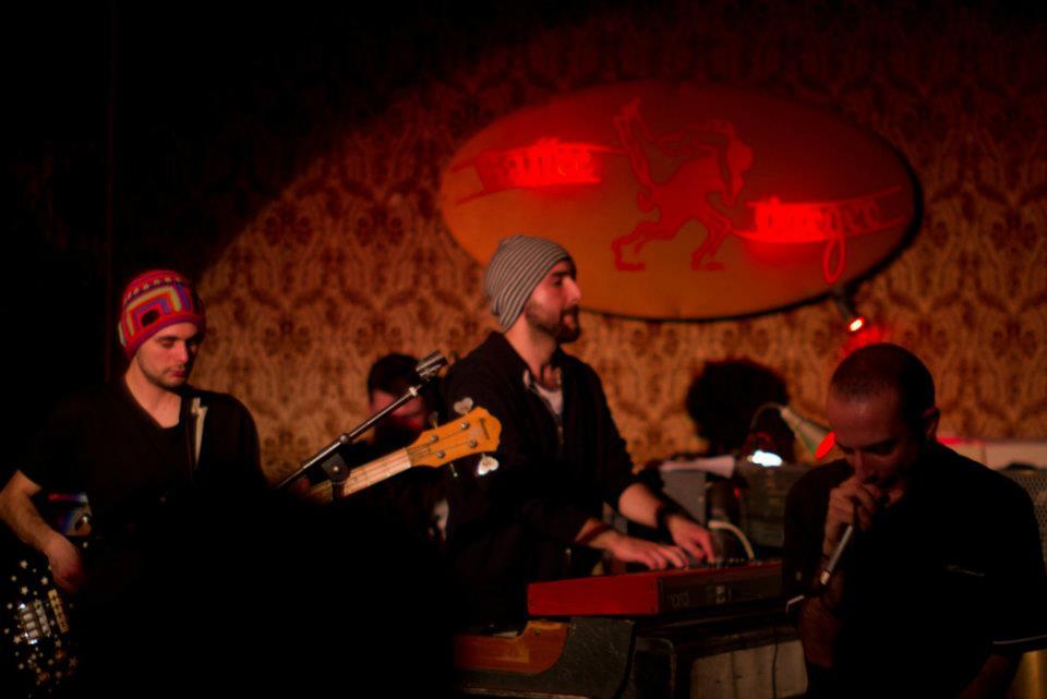 The Hoo, giovane band di Berlino, funk soul con sonorità hip-hop, atmosfere jazz e rock