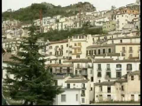 """""""Una foto…una storia, dvd sulle bellezze di Muro Lucano"""" – articolo di Barbara Filippone"""