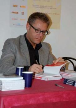 """In libreria """"Io sono chi voglio essere"""" di Paolo Borzacchiello"""
