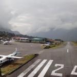 Gli aeroporti più pazzi del mondo: Lukla, l'Himalaya ed i rischiosi atterraggi a vista