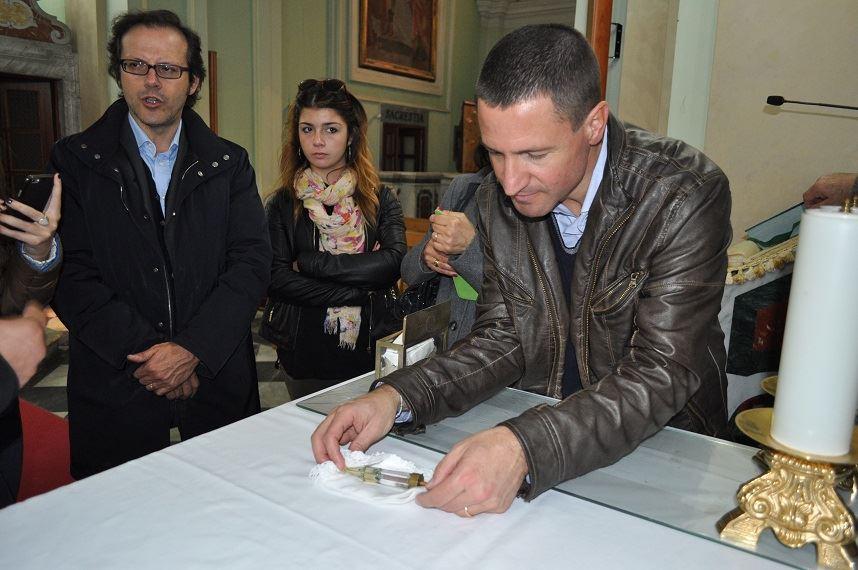 """Intervista di Pietro De Bonis ad Alessandro Faino, autore del libro """"Il Mistero della Sacra Spina"""""""