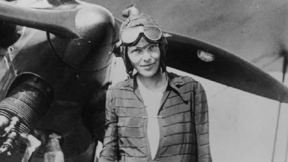 Life After Death: l'intervista ad Amelia Earhart, la prima donna pilota che ha sorvolato l'Atlantico