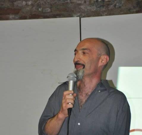 """""""Penombre"""" di Andrea Leonelli: il desiderio di quotidianità di un uomo che diventa belva"""