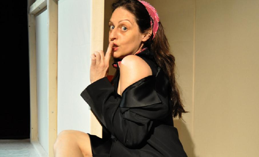 Intervista di Irene Gianeselli all'attrice Angela Calefato: la comicità intelligente