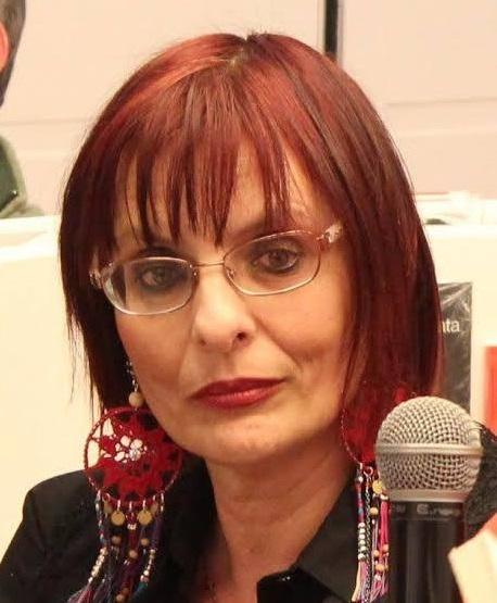 Donne contro il Femminicidio #15: le parole che cambiano il mondo con Angela Villani