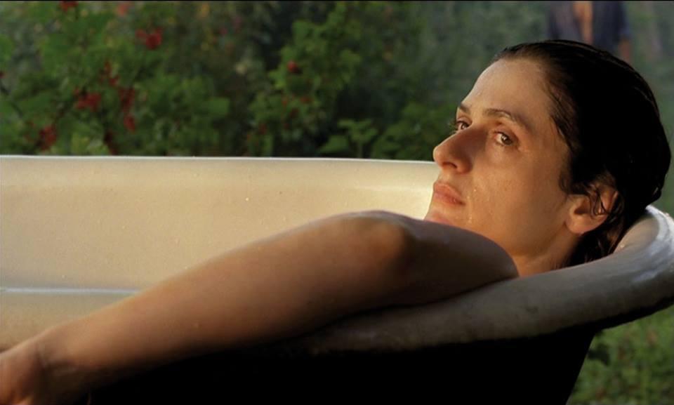"""Intervista di Irene Gianeselli alla regista Anna Gigante: """"A metà luce"""", una storia immersa nella magia della Puglia"""