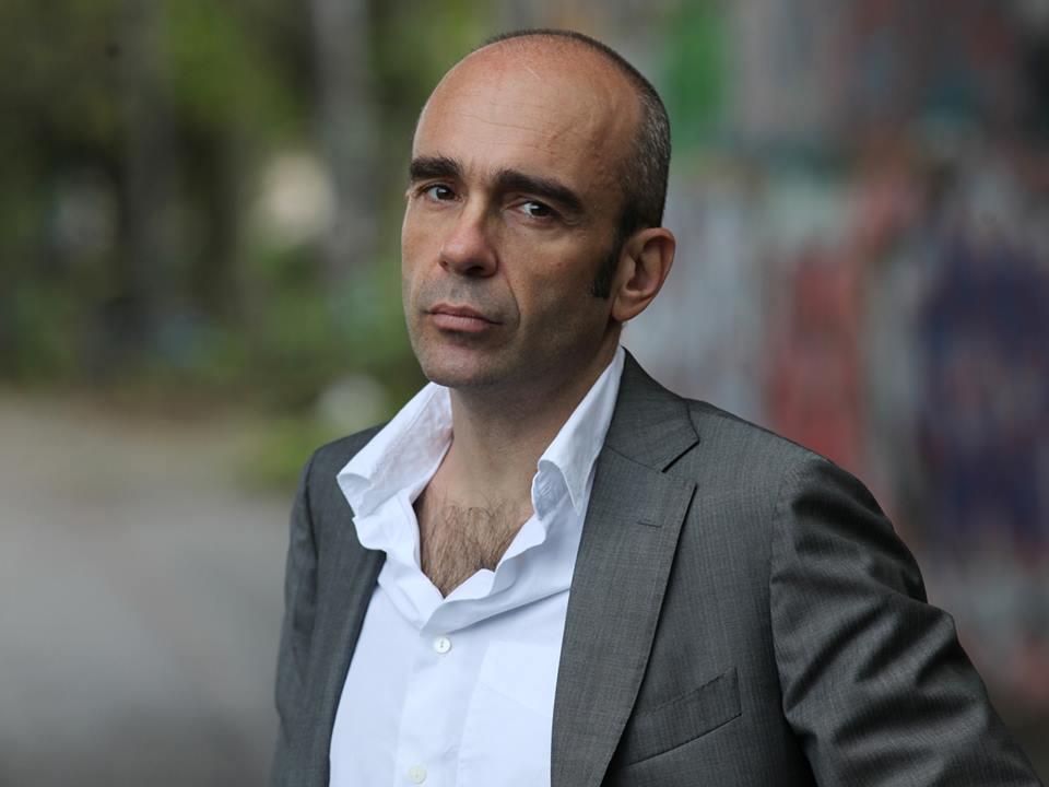 Intervista di Irene Gianeselli all'attore Antonio Zavatteri: la conduzione e l'esplorazione dell'evento teatrale