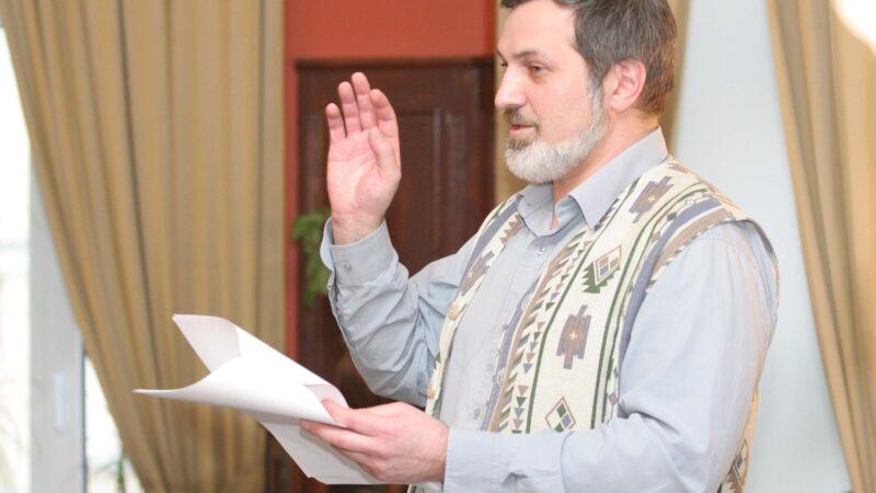 """Intervista di Alessia Mocci al poeta russo Arsen Mirzaev: vi presentiamo """"Chiedo asilo poetico"""""""