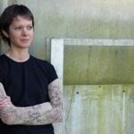 """""""Girl gang"""" di Ashley Little: violenza e crudeltà tra le strade della multietnica Vancouver"""