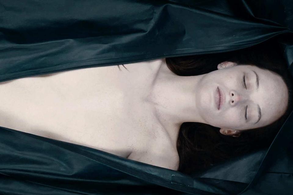 """""""Autopsy"""" di André Øvredal: la ragazza dalla pelle di luna nasconde uno e mille segreti"""
