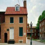 La casa di Edgar Allan Poe: il fantasma dello scrittore oppure una trovata di marketing?