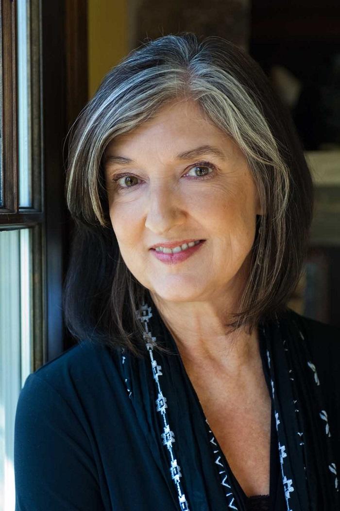 """""""La collina delle farfalle"""", l'ultimo libro della scrittrice americana Barbara Kingsolver"""