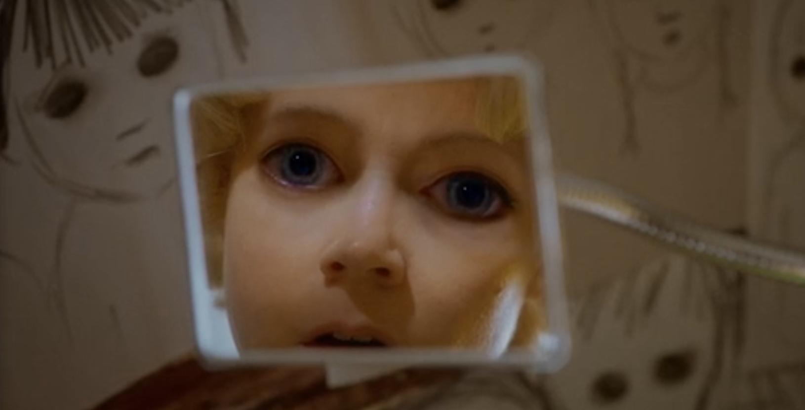 """""""Big Eyes"""" film di Tim Burton: i malinconici occhi grandi e l'incredibile storia di un plagio familiare"""