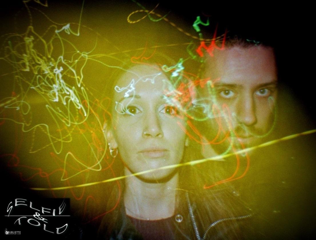 "Selfie & Told: il duo Black Eyes 2 racconta ""Shadows"""