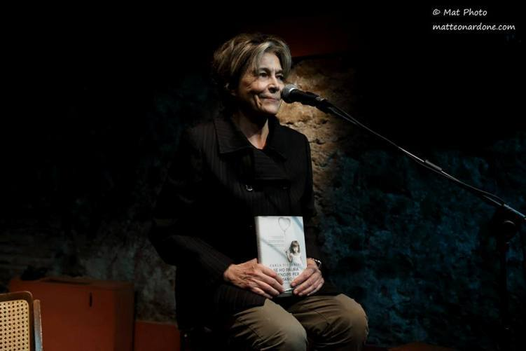 """""""Se ho paura prendimi per mano"""" di Carla Vistarini: una complessa storia metropolitana"""
