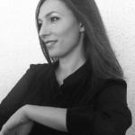 """Intervista di Pietro De Bonis a Caterina Saracino, autrice del libro """"La luce giusta cade di rado"""""""