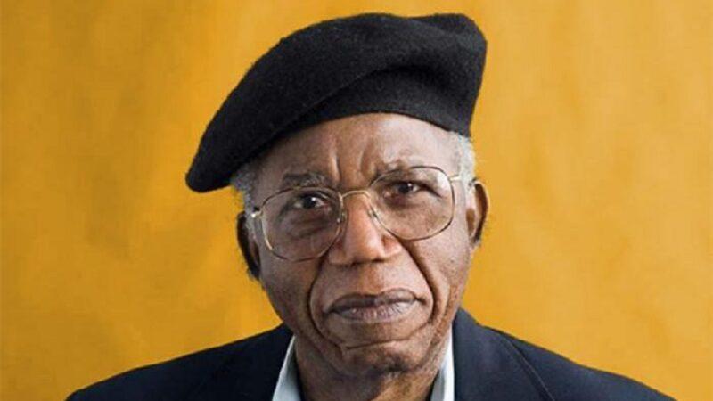 """""""Le cose crollano"""" di Chinua Achebe: il silente crepuscolo del popolo igbo"""