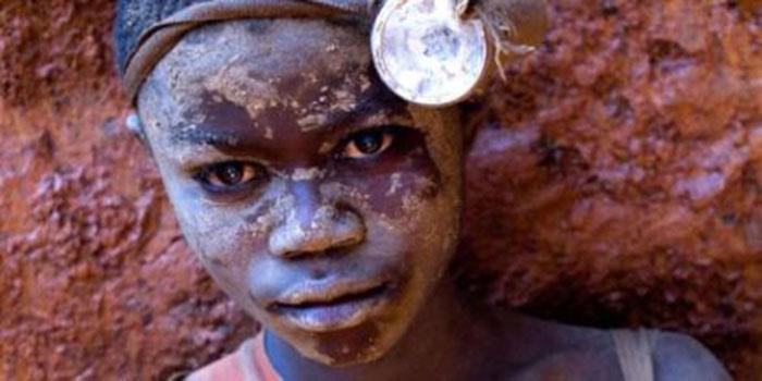 Favorito La mafia capitalista e lo sfruttamento: i bambini africani per  EP37