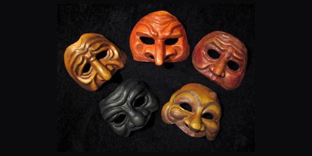 La Commedia dell'Arte: il teatro popolare nato in Italia diffuso in tutta l'Europa come patrimonio immateriale