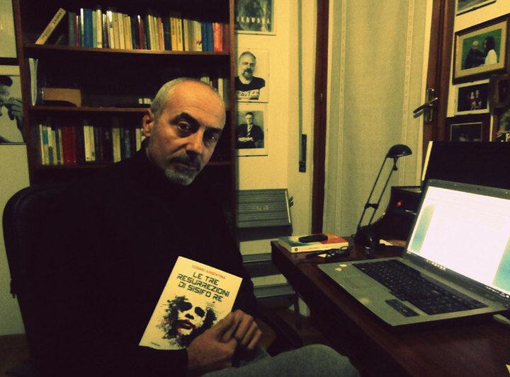 """""""Le tre resurrezioni di Sisifo Re"""" di Cosimo Argentina: due versi del medesimo giro"""
