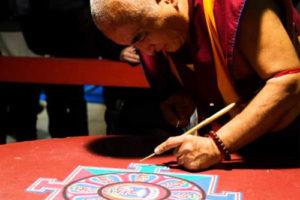 Costruzione del Mandala - Festival dell'Oriente
