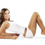 La donna ed i pericolosi epitaffi subliminali: taglia i centimetri, sgonfia la pancia, drena l'acqua dei tessuti