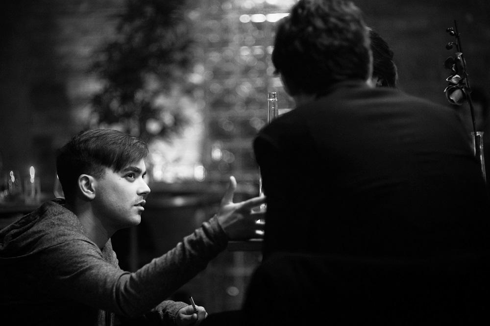 """Intervista di Gloria Rubino a Daniele Barbiero, regista di """"Mirror"""": guardarsi allo specchio e non solo!"""