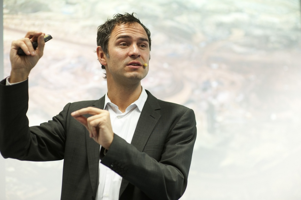 """""""La Storia come mai vi è stata raccontata"""" di Daniele Ganser: gli eserciti segreti della NATO"""