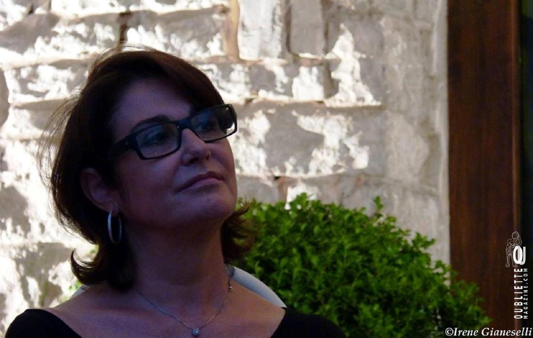 Intervista di Irene Gianeselli alla scrittrice Daria Colombo: alla sua età e con la sua bellezza