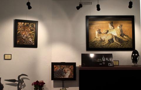 Elena Ballarini in mostra permanente nella galleria Africa Curio, Brera