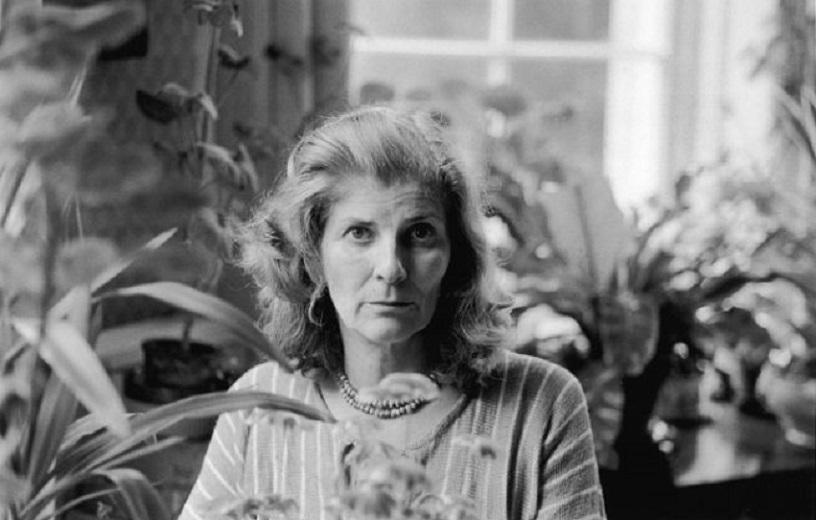 """""""Confusione"""" di Elizabeth Jane Howard: la donna si emancipa e si pone sullo stesso piano dell'uomo"""