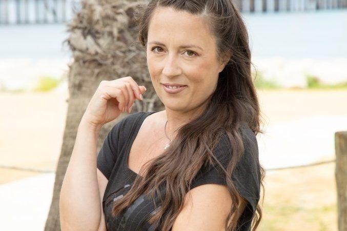 Donne contro il Femminicidio #62: le parole che cambiano il mondo con Erika Keira La Barbera