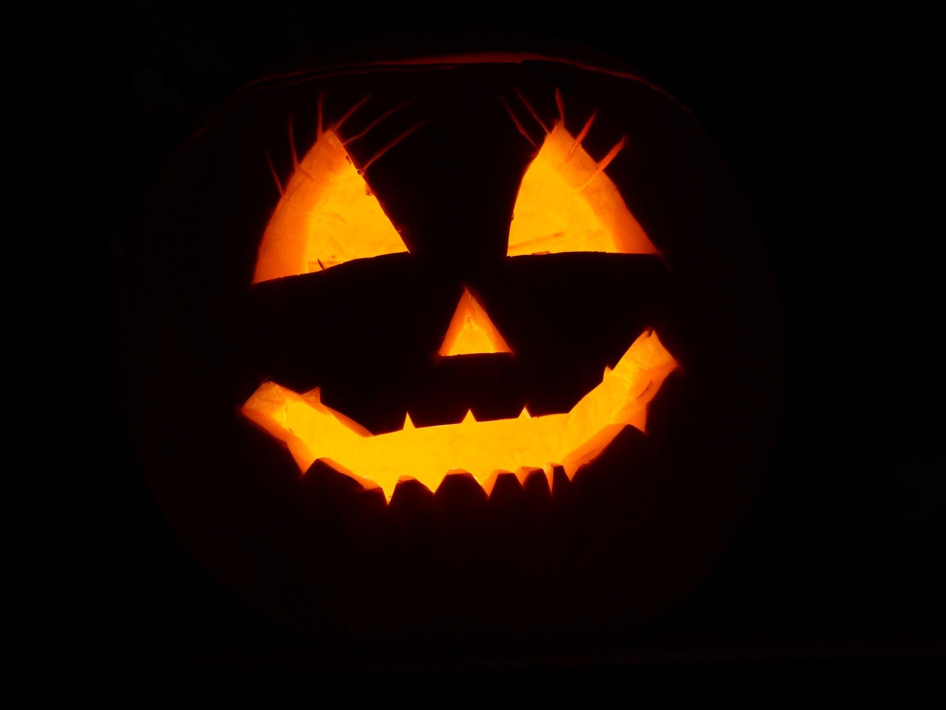 Citazioni di Halloween: vestitevi da libri, la cultura fa paura!
