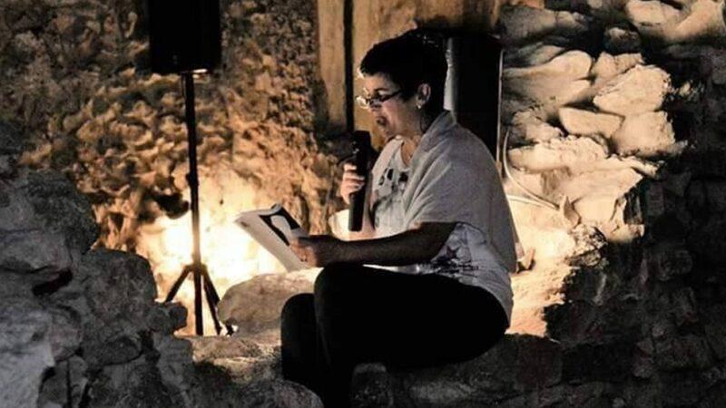 iSole aMare: Emma Fenu intervista Ilse Atzori intrecciando tessuti di memoria e futuro