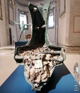 Interno del rostro Egadi 6 della Battaglia delle Egadi. III secolo a.C. Bronzo. Favignana - Photo by Altea Gardini