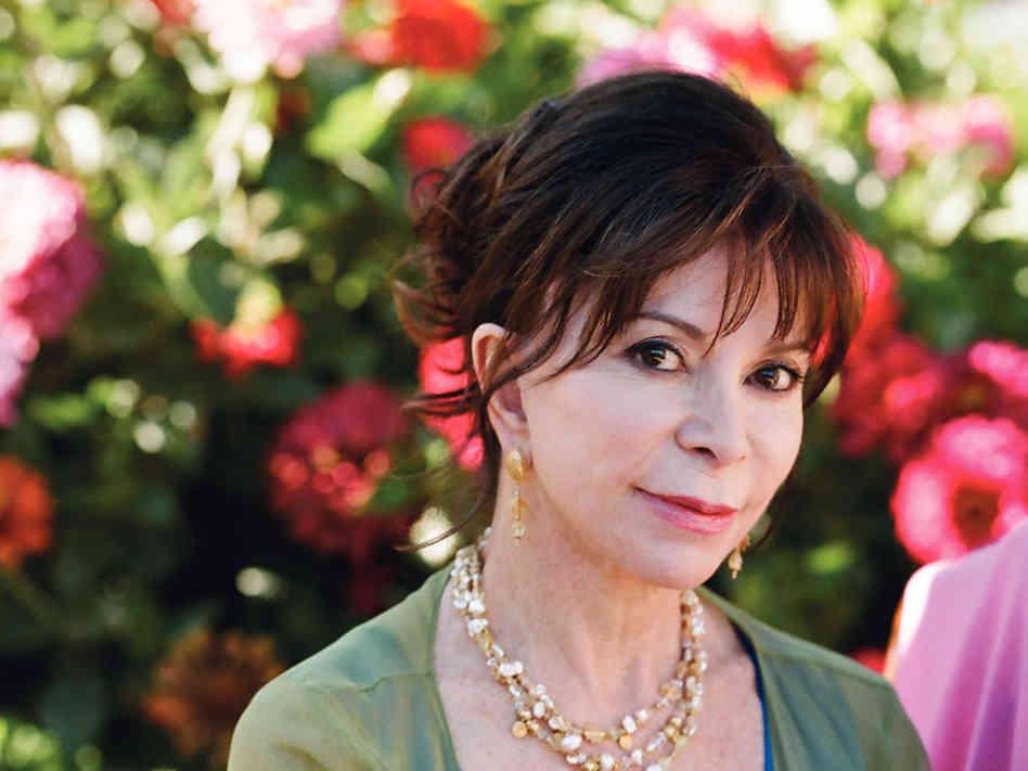 """""""L'amante giapponese"""" di Isabel Allende: amore e storia tra le vicende di una nuova eroina moderna"""