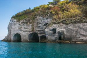 Isola di Ponza - Grotte di Pilato