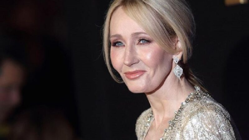 """""""L'Ickabog"""" di J. K. Rowling: il mostro che giace dentro di noi"""