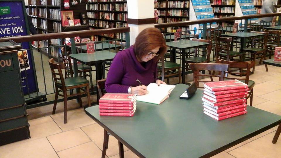 """Intervista di Rebecca Mais a Joanne Huist Smith, autrice de """"Il tredicesimo dono"""", simbolo di speranza e rinascita"""