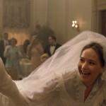 """""""Joy"""" di David O. Russell: come Jennifer Lawrence salva uno script promettente ma agli atti ridondante"""