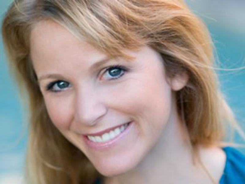 """""""Finché le stelle saranno in cielo"""" di Kristin Harmel  – recensione di Maria Romagnoli"""