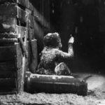 """""""La piccola fiammiferaia"""" di Hans Christian Andersen: l'esoterismo della luce dei fiammiferi"""