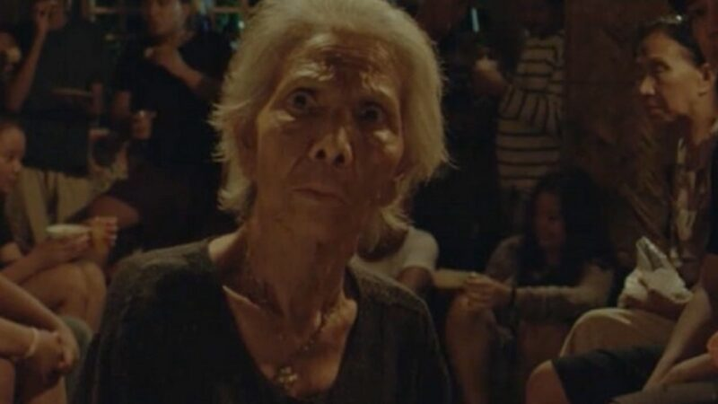"""""""Lola Igna"""", commedia di Eduardo Roy Jr.: cosa si prova a vivere troppo a lungo"""