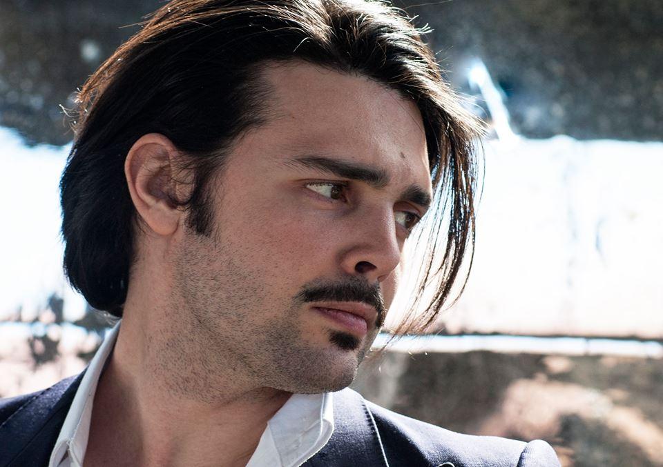 Intervista di Irene Gianeselli all'attore Luca Micheletti: la dissennata nobiltà del teatro