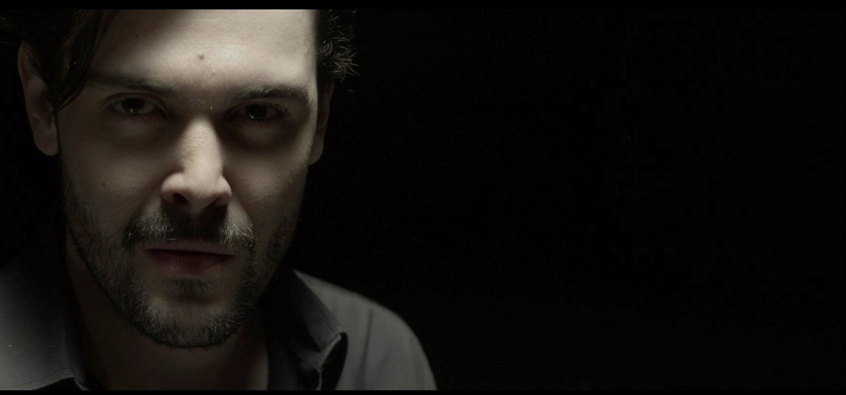 """Intervista di Irene Gianeselli all'attore Luca Micheletti: """"Le variazioni Goldberg"""" tra fede, teatro e responsabilità"""