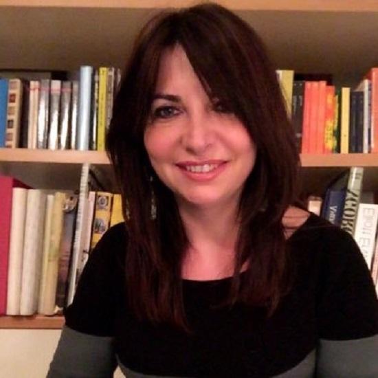 Donne contro il Femminicidio #8: le parole che cambiano il mondo con Luigina Sgarro